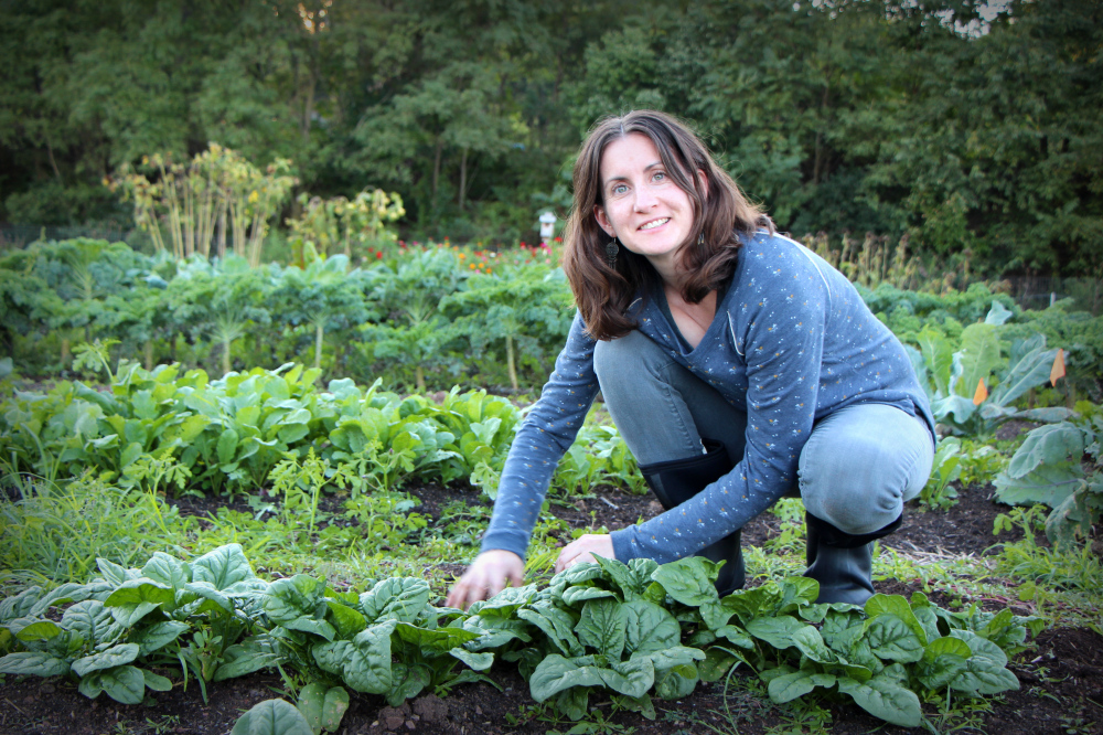 Elizabeth Weller Amazing Heart Farm Naturally Grown Certification